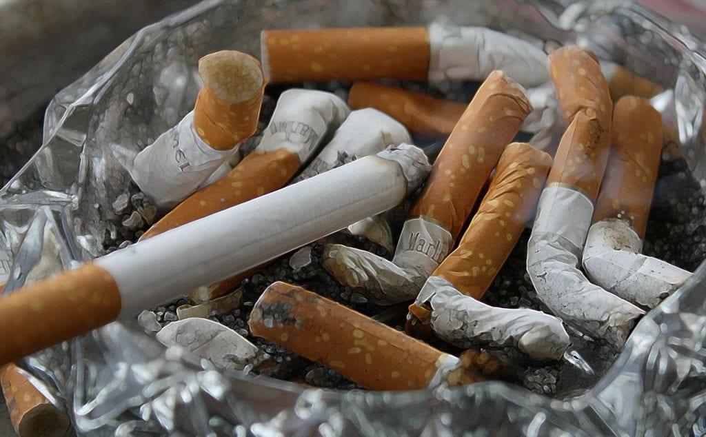 Odstranění kouře zcigaret vodním vysavačem Hyla